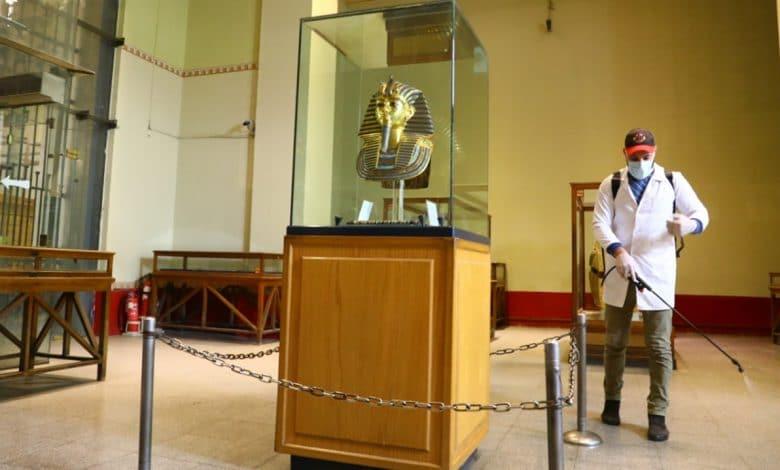 كورونا ومسؤولو الآثار المصرية التباطؤ والارتباك