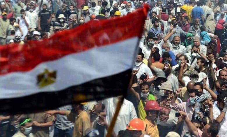 نجاح الشعب المصري رغم ضعف الحراك الشعبي
